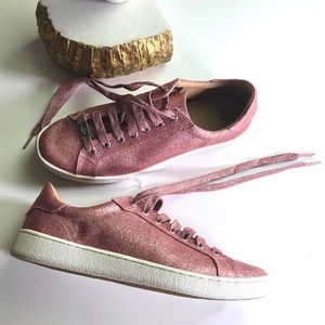 Ugg Pink Glitter Casual Sneakers Size 8.5 NWOB